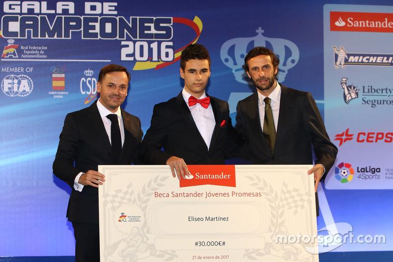 Eliseo Martínez recibe la Beca Santander para Jóvenes Promesas