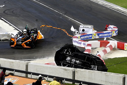 Crash, Pascal Wehrlein and Felipe Massa on the Polaris Slingshot SLR