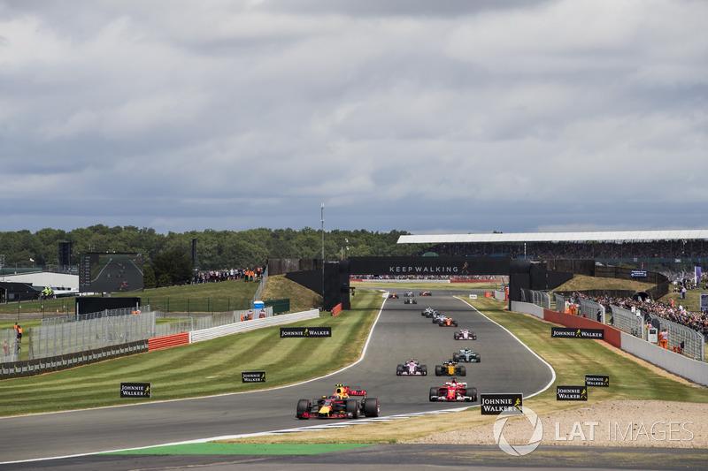 Макс Ферстаппен, Red Bull Racing RB13, Себастьян Феттель, Ferrari SF70H, Серхіо Перес, Sahara Force India F1 VJM10