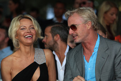 Pamela Anderson, et Eddie Irvine