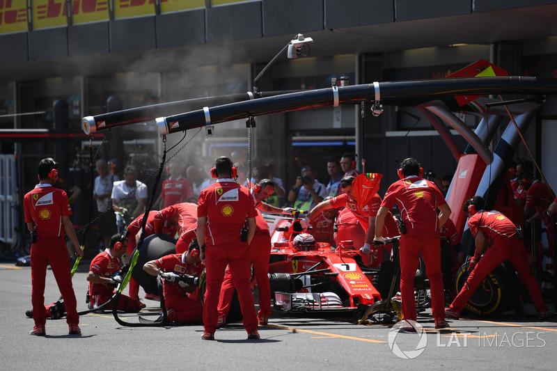 Boxenstopp: Kimi Raikkonen, Ferrari SF70H