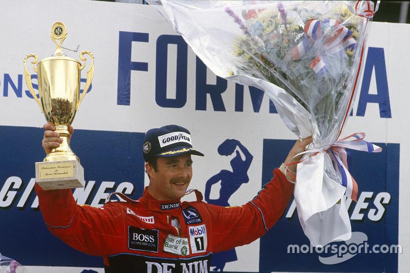 Podio: ganador de la carrera Nigel Mansell, Williams