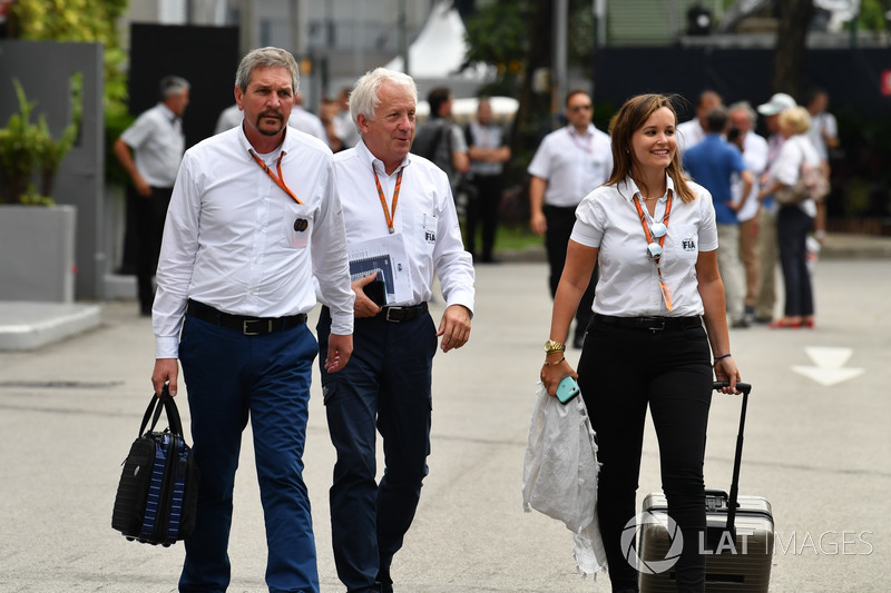 Charlie Whiting Gallery: Charlie Whiting, Delegado FIA At GP De Singapur