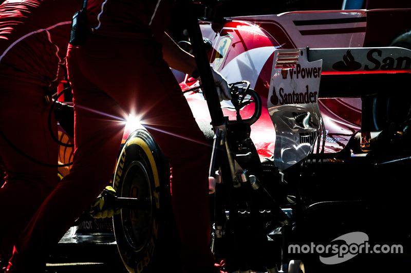 10. Sebastian Vettel, Ferrari SF70H