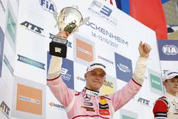 Podium: tweede plaats Maximilian Günther, Prema Powerteam Dallara F317 - Mercedes-Benz