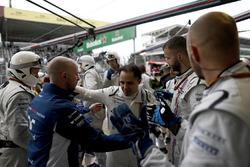 Felipe Massa, Williams, applaudi après son abandon