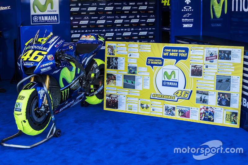 A moto de Valentino Rossi, Yamaha Factory Racing