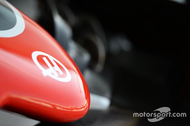 Haas F1 Team VF-16 burun