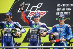 Podium: winnaar Jorge Lorenzo, Yamaha Factory Racing, tweede Valentino Rossi, Yamaha Factory Racing,