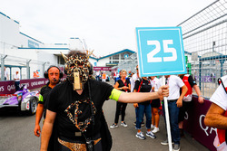 Jean-Eric Vergne, Techeetah, team member dresses up for the final race