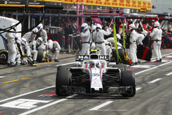Sergey Sirotkin, Williams FW41, pitstop
