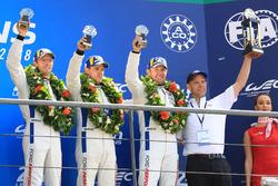 Podio LMGTE Pro: al terzo posto Joey Hand, Dirk Müller, Sébastien Bourdais, Ford Chip Ganassi Racing