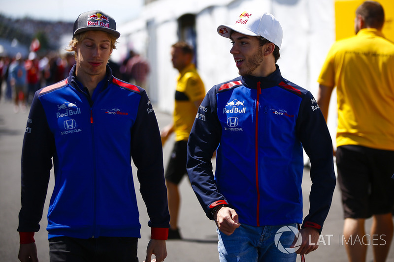 Brendon Hartley, Toro Rosso, with Pierre Gasly, Toro Rosso