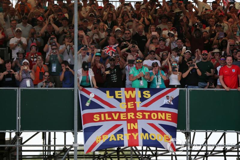 Fãs de Lewis Hamilton