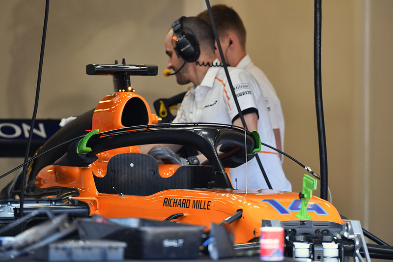 McLaren MCL33 ön detay