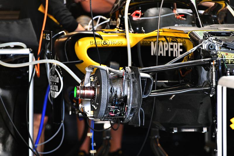 Renault Sport F1 Team R.S. 18 ön fren detay