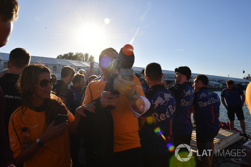 McLaren at the raft race