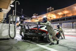 #92 Porsche GT Team Porsche 911 RSR: Michael Christensen, Kevin Estre in the pits