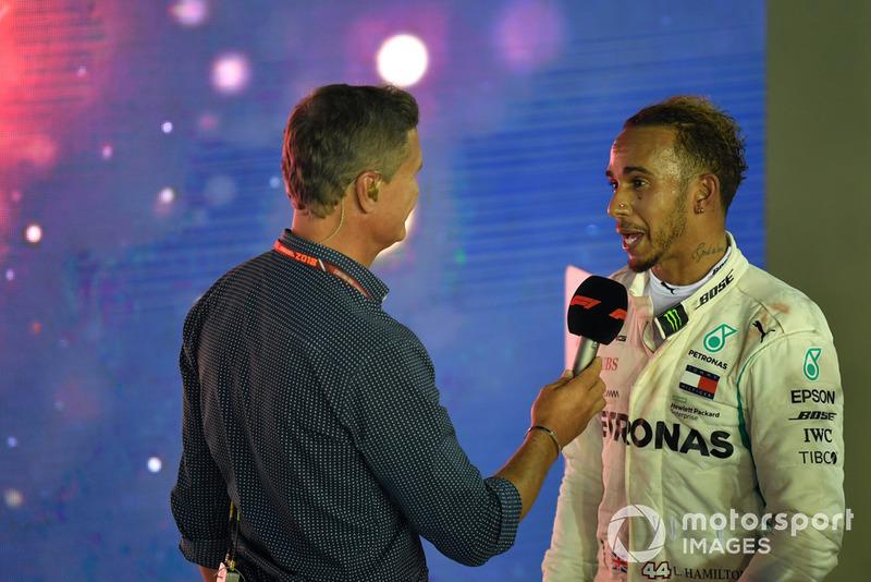 """""""Quando Vettel bateu na parede no outro dia, danificou o carro e perdeu tempo na pista, e lucramos com isso. Tenho muito orgulho em não me colocar nessas posições""""."""