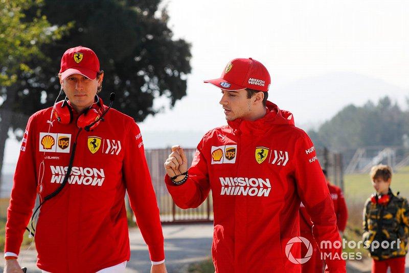 John Elkann, président de FIAT, et Charles Leclerc, Ferrari
