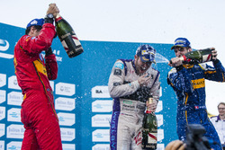 Podium: Winner Sam Bird, DS Virgin Racing Formula E Team; second place Sébastien Buemi, Renault e.Da