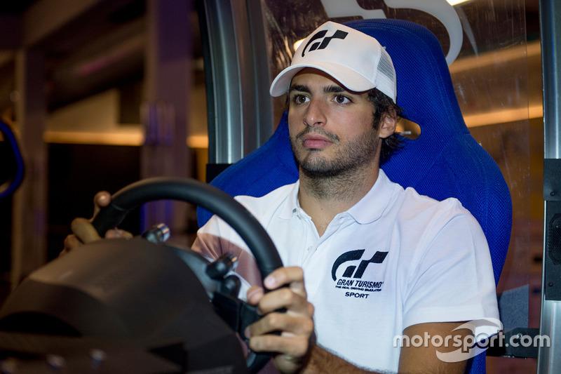 Карлос Сайнс стал послом GT Sport