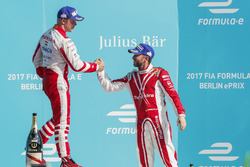 Nick Heidfeld, Mahindra Racing, congratulates Felix Rosenqvist, Mahindra Racing, on the podium