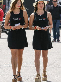 Banco del Chubut Grid Girl