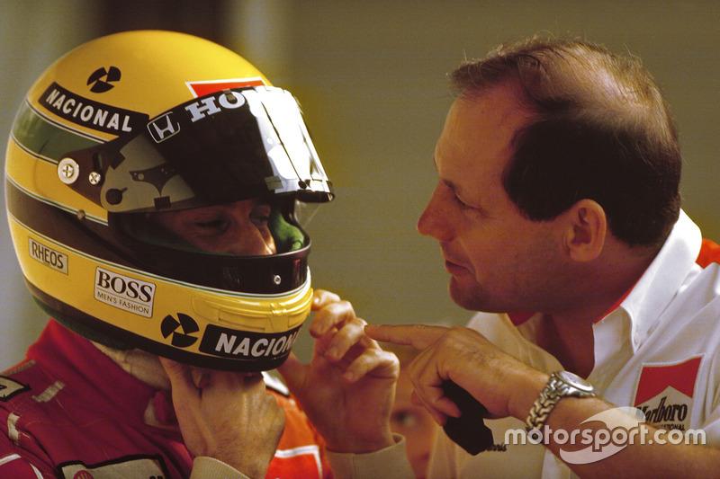 Ayrton Senna, McLaren Honda, bersama bos tim McLaren, Ron Dennis