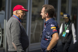 Niki Lauda, Mercedes AMG F1 Non-Executive Chairman and Christian Horner, Red Bull Racing Team Principal