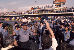 Race winner Jody Scheckter, Wolf Ford and his security