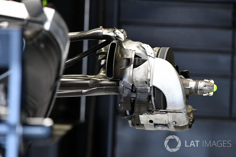 Mercedes-Benz F1 W08 , detalle de la parte trasera del coche