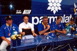 Оливье Панис, Флавио Бриаторе и Педро Диниц, Ligier