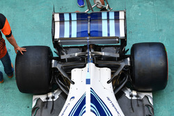 Williams FW40 rear suspension and rear wing