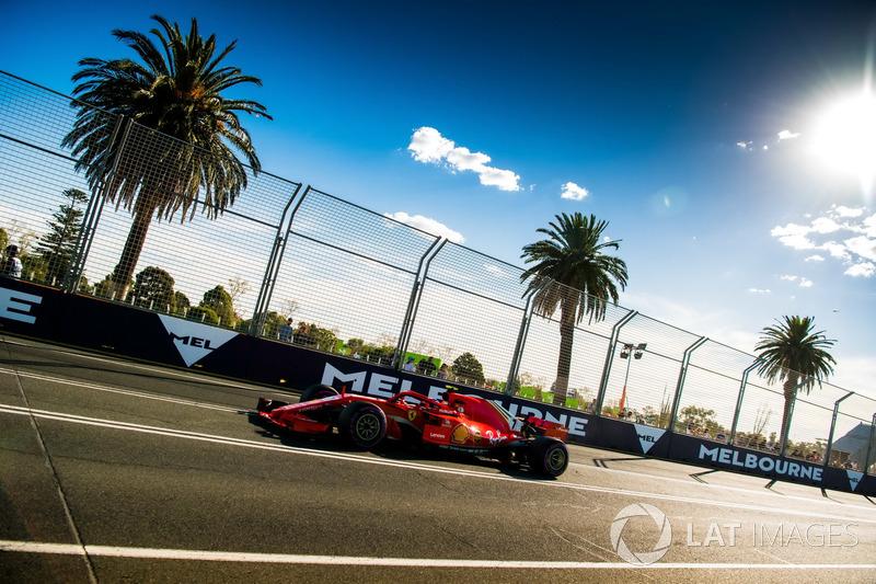 Kimi Raikkonen no TL3: Ok, estou sem pit board de novo...