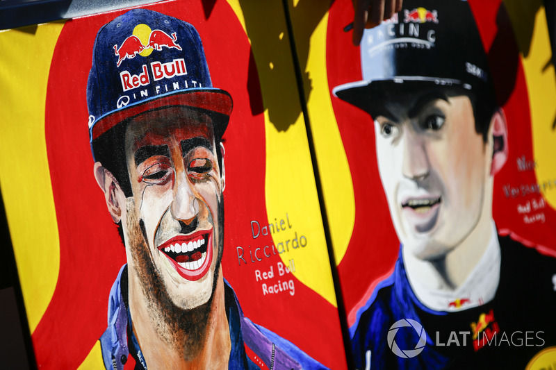 Гран Прі Австралії: малюнки Даніеля Ріккардо, Макса Ферстаппена, Red Bull Racing