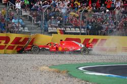 Sebastian Vettel, Ferrari SF71H crashes out of the race