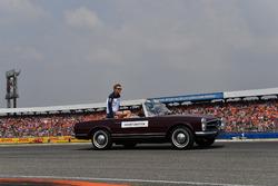 Sergey Sirotkin, Williams, en el desfile de pilotos
