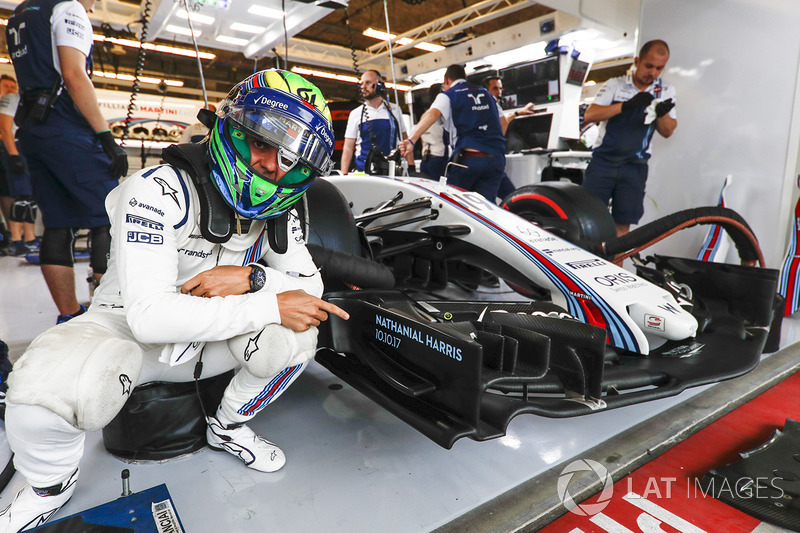 Felipe Massa, Williams, points to the name Nathaniel Harris, that of the newborn son of Claire Williams, Deputy Team Principal, Williams