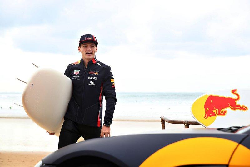 Max Verstappen, Red Bull Racing se prepara para ir a surfear