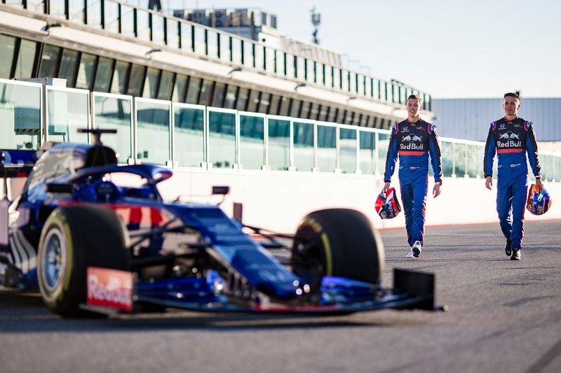 Alex Albon und Daniil Kwjat mit dem Toro Rosso STR14
