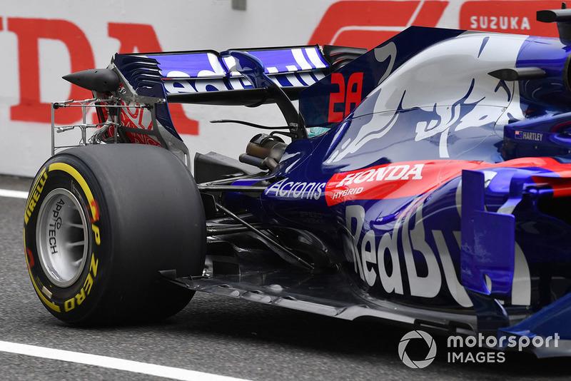 Brendon Hartley, Scuderia Toro Rosso STR13 with rear aero sensor