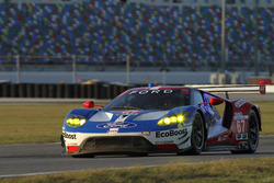 Chip Ganassi Racing Ford Gt Ryan Briscoe Richard Westbrook Scott Dixon