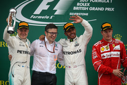 Подиум: Льюис Хэмилтон, второе место – Валттери Боттас, Mercedes AMG F1, третье место – Кими Райккон