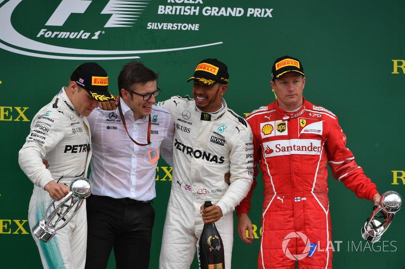 Podium: race winner Lewis Hamilton, Mercedes AMG F1, second place Valtteri Bottas, Mercedes AMG F1, third place Kimi Raikkonen, Ferrari, Peter Bonnington, Mercedes AMG F1 Race Engineer