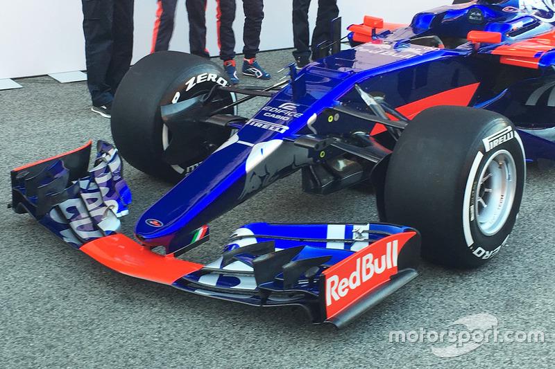 Toro Rosso STR12 nose detail