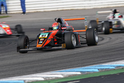 Artem Petrov, Van Amersfoort Racing