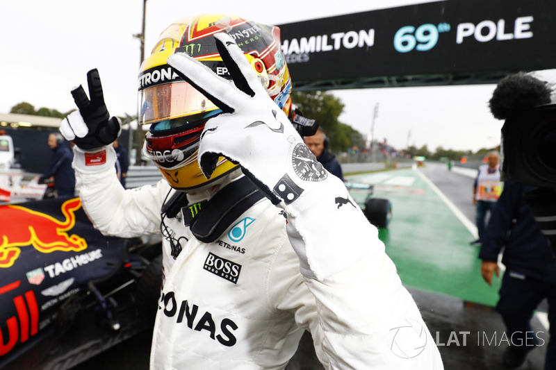13º GP de Italia 2017 - Pole para Lewis Hamilton