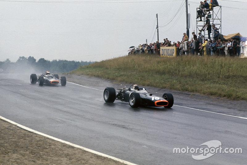 Jackie Stewart, B.R.M. P83; Mike Spence, B.R.M. P83