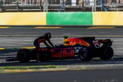 Daniel Ricciardo, Red Bull Racing, abandonne